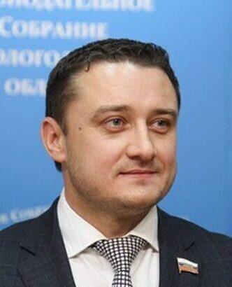 Денис Евгеньевич Долженко